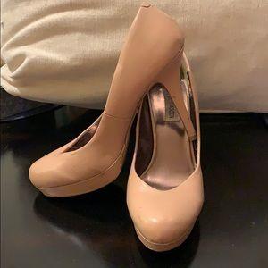 Steve Madden - Size 9.5 - Nude/Tan High Heels